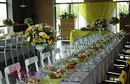 Украшение зала в кафе АйКомпот на свадьбе